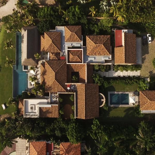 Entrerocas_House